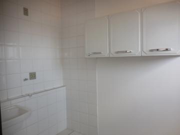 Alugar Apartamento / Padrão em Botucatu R$ 1.400,00 - Foto 19
