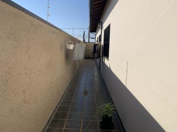 Comprar Casa / Padrão em Botucatu R$ 695.000,00 - Foto 8