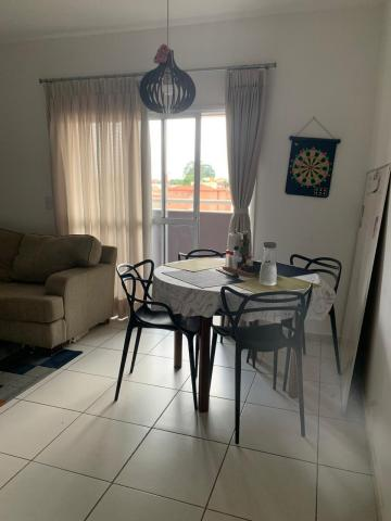 Comprar Apartamento / Padrão em Botucatu R$ 370.000,00 - Foto 4