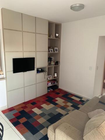 Comprar Apartamento / Padrão em Botucatu R$ 370.000,00 - Foto 6