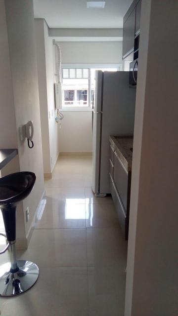 Apartamento / Mobiliado em Botucatu Alugar por R$1.550,00
