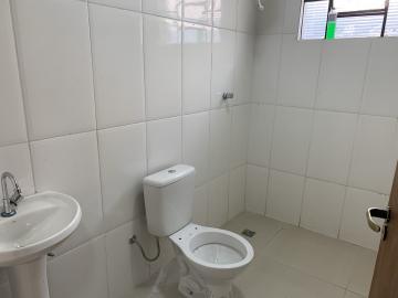 Alugar Comercial / Casa Comercial em Botucatu R$ 3.500,00 - Foto 7