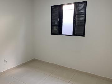 Alugar Comercial / Casa Comercial em Botucatu R$ 3.500,00 - Foto 8