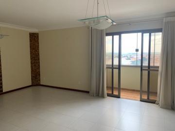 Comprar Apartamento / Padrão em Botucatu R$ 700.000,00 - Foto 2