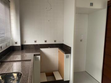 Comprar Apartamento / Padrão em Botucatu R$ 700.000,00 - Foto 5