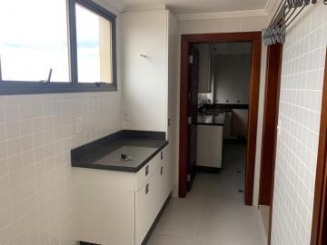 Comprar Apartamento / Padrão em Botucatu R$ 700.000,00 - Foto 9