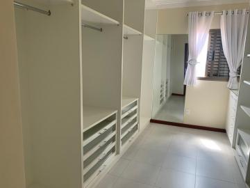 Comprar Apartamento / Padrão em Botucatu R$ 700.000,00 - Foto 16