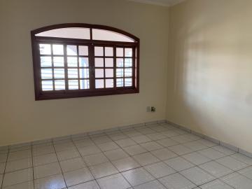 Alugar Casa / Padrão em Botucatu R$ 6.500,00 - Foto 7