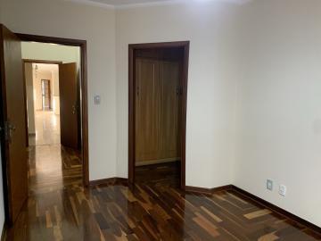 Alugar Casa / Padrão em Botucatu R$ 6.500,00 - Foto 13
