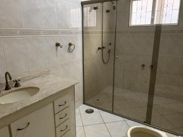 Alugar Casa / Padrão em Botucatu R$ 6.500,00 - Foto 15