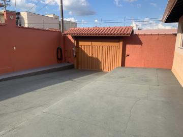 Alugar Casa / Padrão em Botucatu. apenas R$ 480.000,00