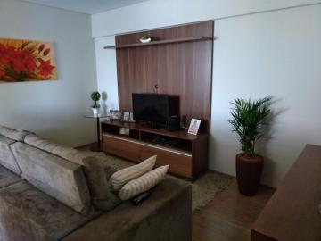 Comprar Apartamento / Padrão em Botucatu R$ 425.000,00 - Foto 5