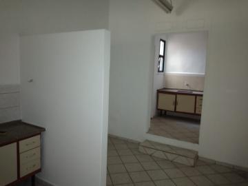 Alugar Comercial / Ponto Comercial em Botucatu R$ 1.000,00 - Foto 3
