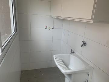 Alugar Apartamento / Padrão em Botucatu R$ 2.600,00 - Foto 7