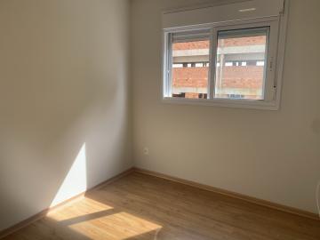 Alugar Apartamento / Padrão em Botucatu R$ 2.600,00 - Foto 9