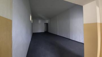 Alugar Comercial / Galpão - Barracão em Botucatu R$ 4.000,00 - Foto 11