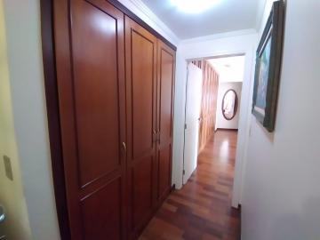 Alugar Apartamento / Mobiliado em Botucatu R$ 3.600,00 - Foto 17