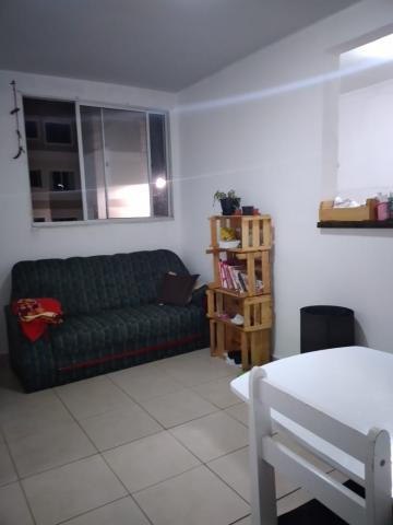 Comprar Apartamento / Padrão em Botucatu R$ 130.000,00 - Foto 4