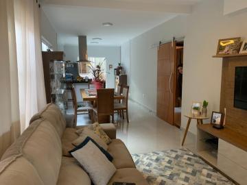 Alugar Casa / Padrão em Botucatu. apenas R$ 460.000,00