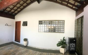 Comprar Casa / Condomínio em Botucatu R$ 695.000,00 - Foto 1