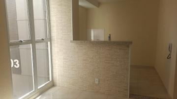 Alugar Apartamento / Padrão em Botucatu R$ 640,00 - Foto 2
