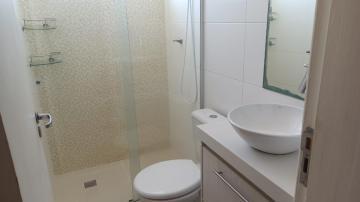 Alugar Apartamento / Padrão em Botucatu R$ 950,00 - Foto 9