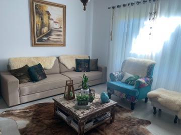 Comprar Casa / Padrão em Botucatu R$ 658.000,00 - Foto 3