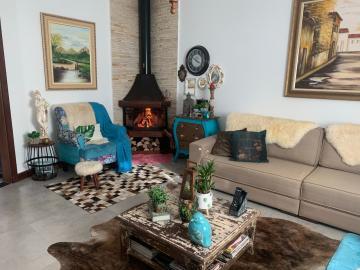 Comprar Casa / Padrão em Botucatu R$ 658.000,00 - Foto 4