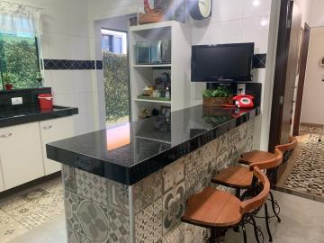 Comprar Casa / Padrão em Botucatu R$ 658.000,00 - Foto 6