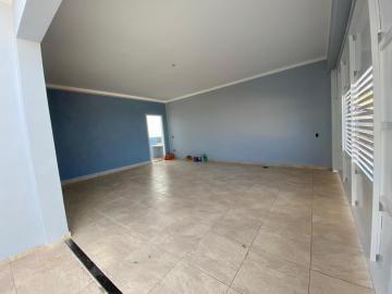 Alugar Casa / Padrão em Botucatu. apenas R$ 420.000,00