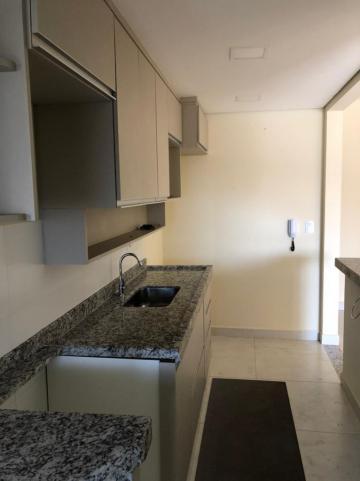 Comprar Apartamento / Padrão em Botucatu R$ 560.000,00 - Foto 5