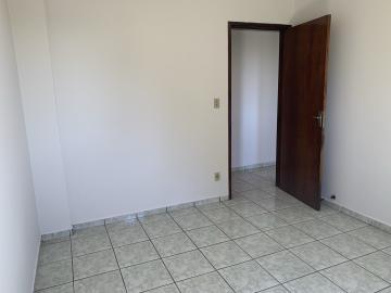Comprar Apartamento / Padrão em Botucatu R$ 190.000,00 - Foto 10
