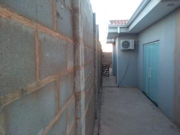 Comprar Casa / Padrão em Botucatu R$ 540.000,00 - Foto 5