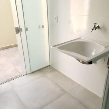 Comprar Casa / Padrão em Botucatu R$ 325.000,00 - Foto 5
