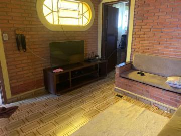 Comprar Casa / Padrão em Botucatu R$ 550.000,00 - Foto 2