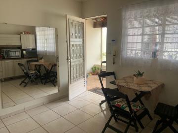 Comprar Casa / Padrão em Botucatu R$ 290.000,00 - Foto 1