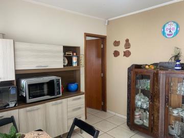 Comprar Casa / Padrão em Botucatu R$ 290.000,00 - Foto 2