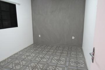 Alugar Comercial / Ponto Comercial em Botucatu R$ 3.300,00 - Foto 13