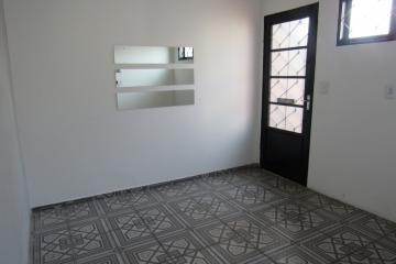 Alugar Comercial / Ponto Comercial em Botucatu R$ 3.300,00 - Foto 15