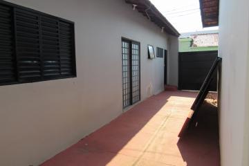 Alugar Comercial / Ponto Comercial em Botucatu R$ 3.300,00 - Foto 22