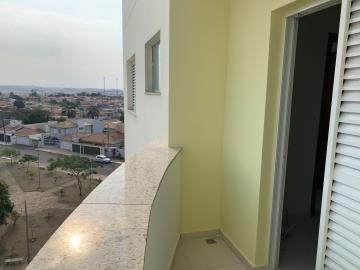 Alugar Apartamento / Padrão em Botucatu R$ 1.500,00 - Foto 14