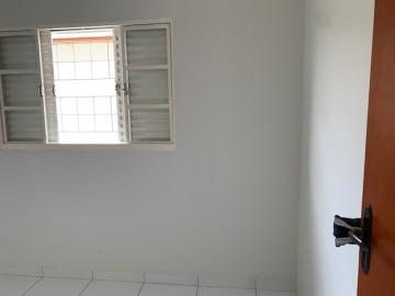 Comprar Casa / Padrão em Botucatu R$ 270.000,00 - Foto 7