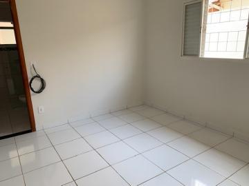 Comprar Casa / Padrão em Botucatu R$ 270.000,00 - Foto 9