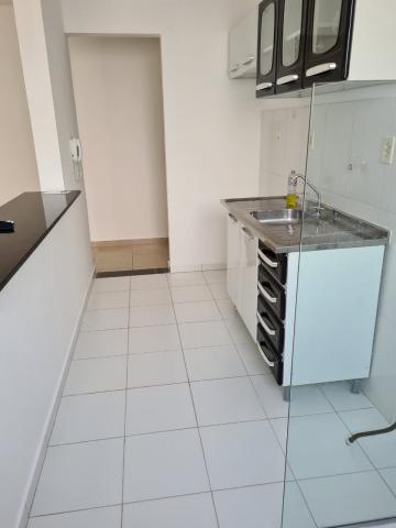 Comprar Apartamento / Padrão em Botucatu R$ 145.000,00 - Foto 5