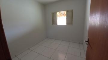 Alugar Casa / Padrão em Botucatu R$ 700,00 - Foto 6
