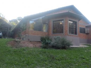 Alugar Casa / Condomínio em Botucatu. apenas R$ 780.000,00