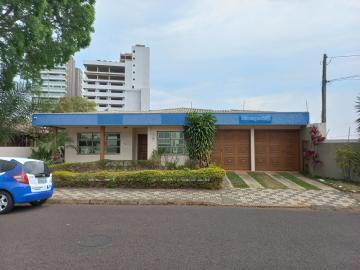 Alugar Comercial / Casa Comercial em Botucatu. apenas R$ 4.000,00