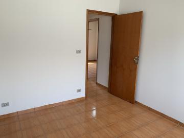 Alugar Casa / Condomínio em Botucatu R$ 750,00 - Foto 5